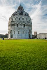 Battistero di Pisa, piazza dei Miracoli