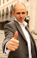man showing thumbs up gesture