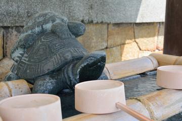 亀山八幡宮の手水鉢