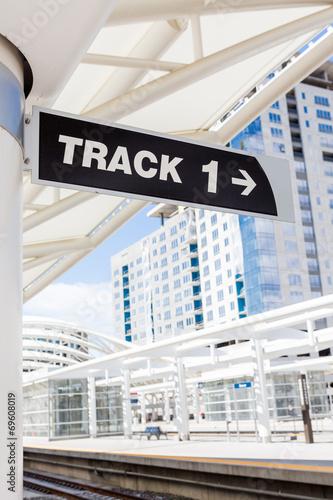 Train station - 69608019