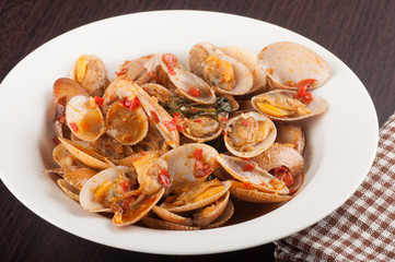 stir fried clams with chili paste