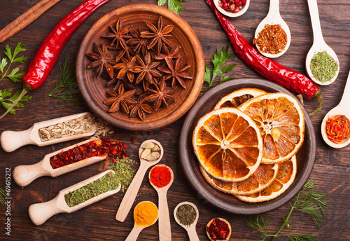 spices - 69615212