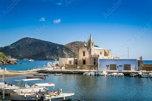 Papiers peints Ville sur l eau Lipari island marina