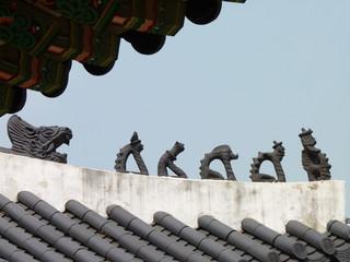 Statuettes coréennes traditionnelles