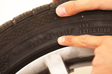 Reifengröße ablesen