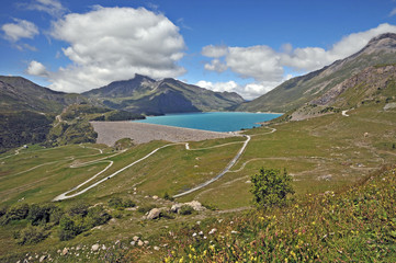 Il passo e il lago del Moncenisio