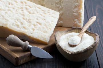 formaggio grana grattuggiato