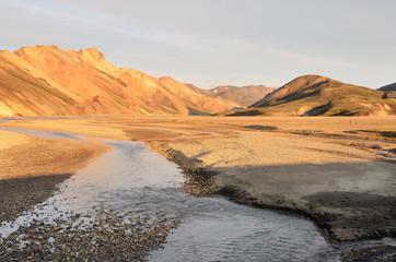 Исландия, закат в долине Ландманналёйгар