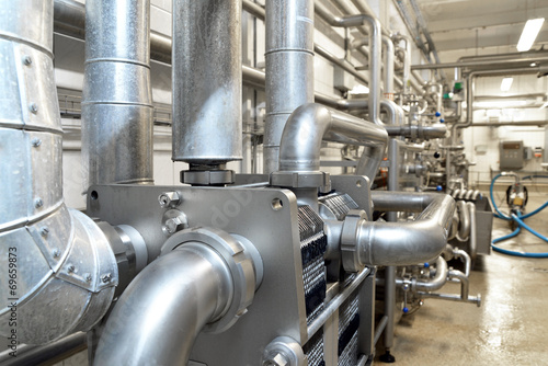 canvas print picture pipeline refinery // Rohrleitungssystem in Brauerei