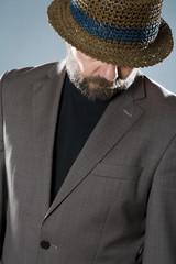 Portrait, Mann mit Bart, Studio