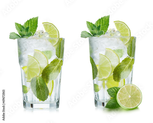 Fotobehang Cocktail Mojito isolated