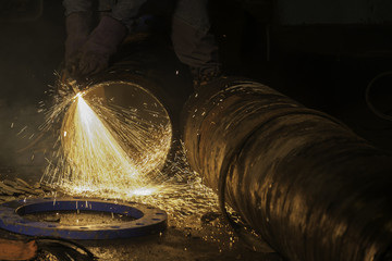 cutting gas water pipe 400 mm diameter