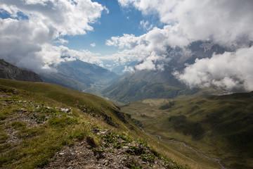 Vallée et montagne