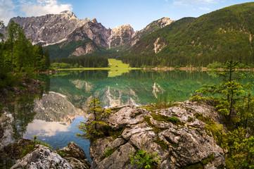 fototapeta Alpejskie jezioro