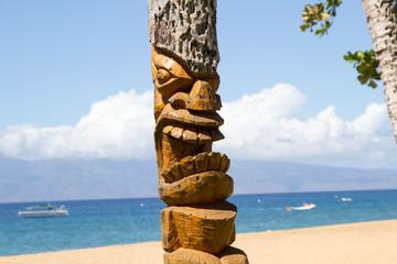 Wood totem, Honululu,Hawaii