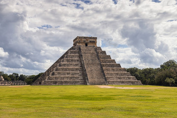 Mexico, Chichen Itza - Temple of Kukulcan