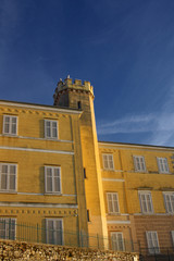 EDIFICIO GIALLO  A POREC IN CROAZIA