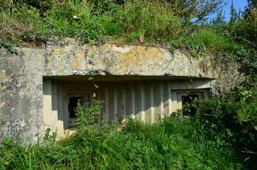 Blockhaus pour mitrailleuses - Plage d'Omaha Beach (Normandie)