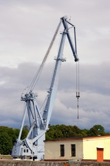 The crane for loading of freights on the ships