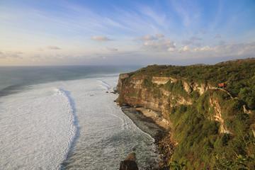 Klippen an der Küste Balis