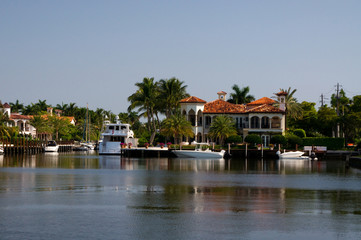 Villen am Kanal in Fort Myers