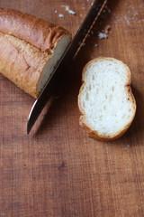 カットしたフランスパン_No4