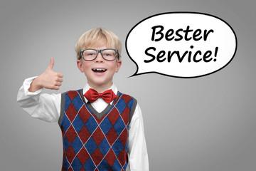 """KInd mit Daumen hoch """"Bester Service"""""""