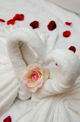 Handtücher in Herzform / als Schwan