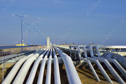 Tuinposter Ruimtelijk System rurociagów do przesyłu paliw i gazu