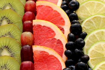 Obstscheiben Pampelmuse,Kiwi,Traube,Zitusfrucht