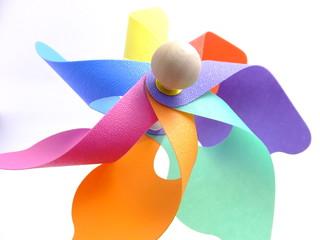 色とりどりな羽根の風車