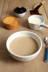 caffe e latte prima colazione