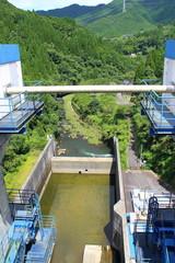 天君ダムから見る矢形川の風景