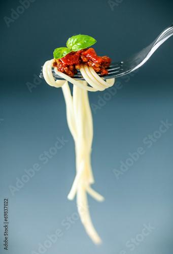 Italian spaghetti on a fork - 69837022