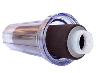 Microglobulin water filter for domestic drinking water systems