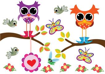 sowy na drzewie