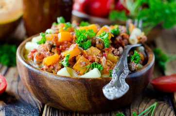 Pasta with meat sauce and pumpkin