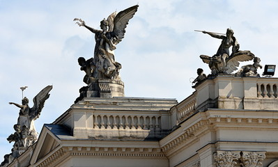 opéra de zurich...façade extérieur