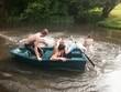 Bataille eau sur barque