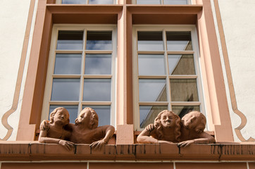 Fenstergucker am Domplatz in Mainz