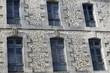 canvas print picture - façade d'immeuble en pierre