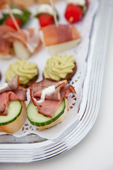 Cold roast beef canapes