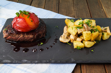Sirloin steak with roasted potatoes