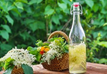 Sanfte Medizin, Holunderblüten