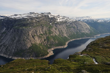 Plateau Hardangervidda, Norway, way to the Trolltongue