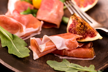 Prosciutto with figs and arugula