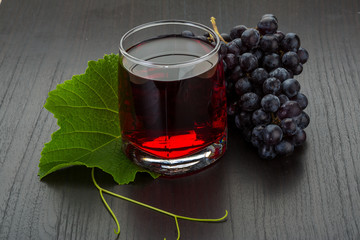 Grape juice and berries