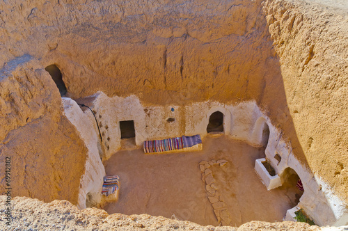Fotobehang Tunesië Residential caves of troglodyte in Matmata, Tunisia, Africa