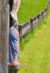 Wegkreuz mit Maria