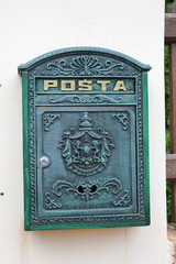 Privater Briefkasten in tschechischen Stadt Lednice (Südmähren)